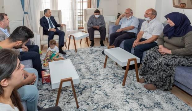 Vali Yerlikaya, şehit polis Gökteke'nin ailesini ziyaret etti