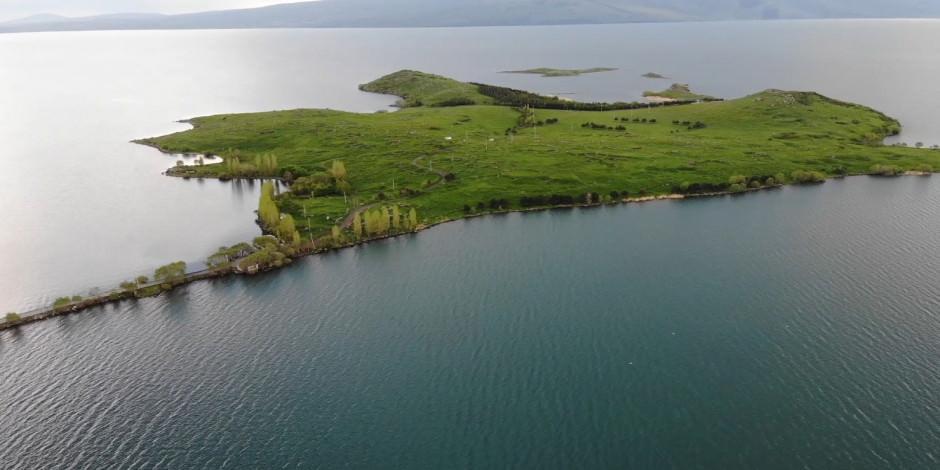10 bin yıllık tarihin izlerini taşıyan Akçakale Adası