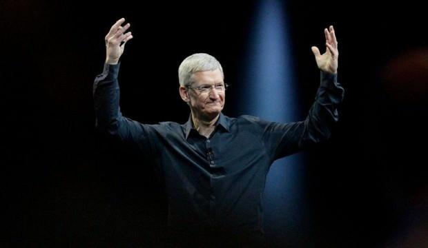 Apple CEO'su Tim Cook milyarder oldu