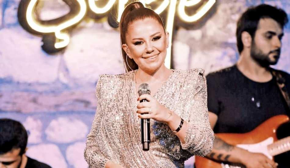 Şarkıcı Merve Özbey bebeğinin cinsiyetini açıkladı!