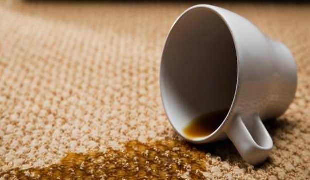 Kurumuş çay lekesi nasıl çıkar? Halıdan çay lekesi çıkarma yöntemleri...