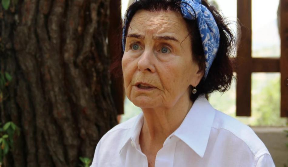 Ünlü sanatçı Fatma Girik'e doğum günü sürprizi!