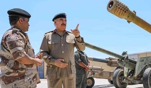 Darbeci Hafter, Sirte yakınlarına askeri sevkiyat yapıyor