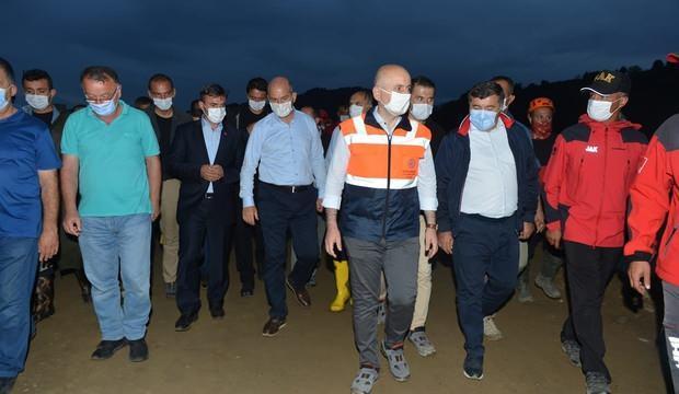 Giresun'da selde kaybolan 4 kişiyi arama çalışmaları sürüyor