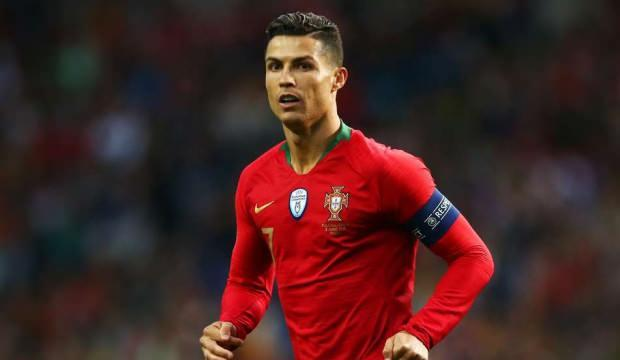 Ronaldo'nun koronavirüs testi pozitif çıktı!