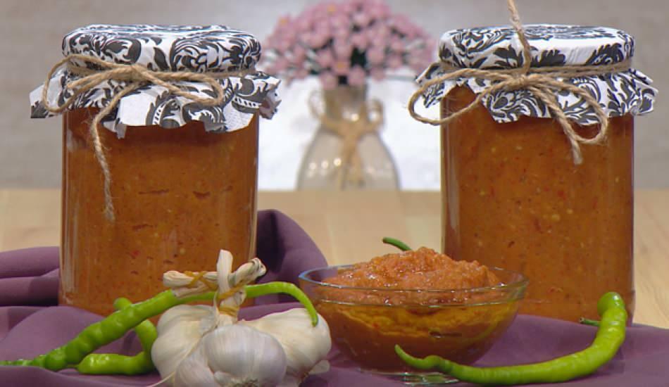 Ajvar sosu nedir ve ajvar sosu nasıl yapılır? Balkan ajvar sosu tarifi