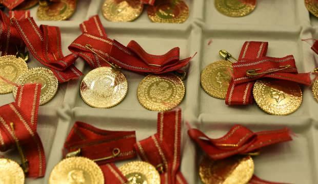 Altının kilogramı 470 bin 300 liraya geriledi
