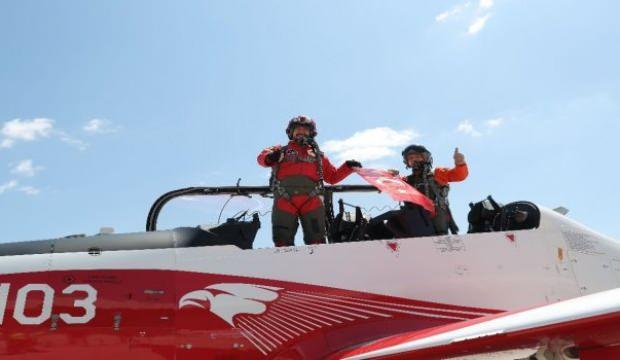 Çocuklar TUSAŞ'ın milli hava araçlarıyla buluştu