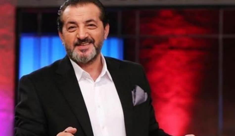 MasterChef Mehmet Yalçınkaya gençlik halini paylaştı! O halini görenler ünlü türkücüye benzetti