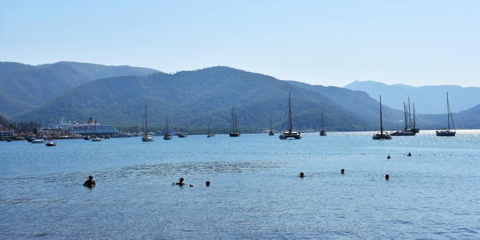 Türkiye'nin 'güvenli tatili' turizmi hareketlendirdi