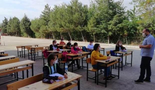 8. sınıflara okul bahçesinde kurs!