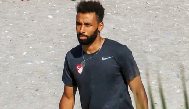 Beşiktaş ve F.Bahçe peşinde! Sangare ilk kez açıkladı