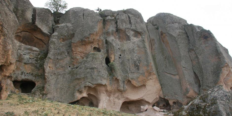 Frig Vadisi'nde binlerce yıllık doğal buzdolabı