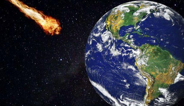 İki gök taşı Dünya'nın yakınından geçti
