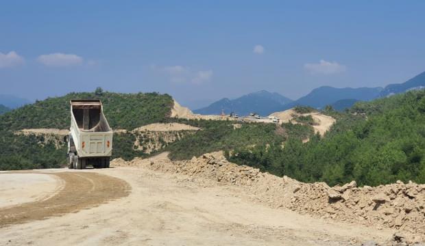 Kamulaştırma sonrası Savrun Barajı'nda çalışmalar hızlandı
