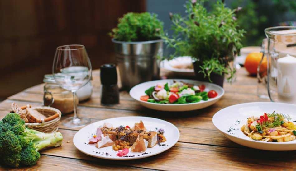 Yemekte görgü kuralları nelerdir? Yemek yerken uyulması gereken sofra adabı nedir?