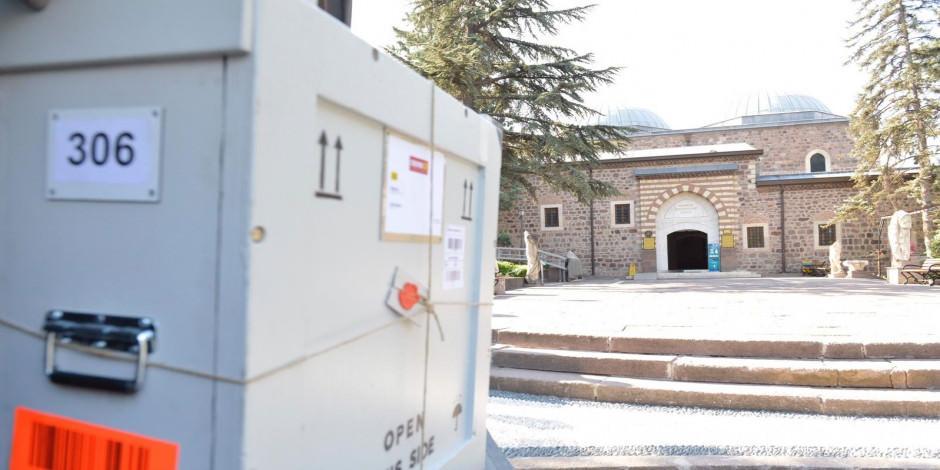 1800 yıllık Lidya Yazıtı artık Anadolu Medeniyetleri Müzesi'nde