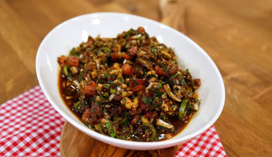 En kolay gavurdağ salatası tarifi! Gaziantep'in meşhur gavurdağı salatası