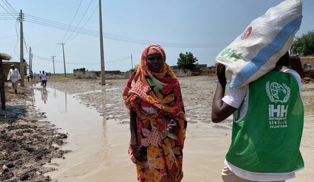 Türkiye'nin Sudan'a yardım seferberliği devam ediyor