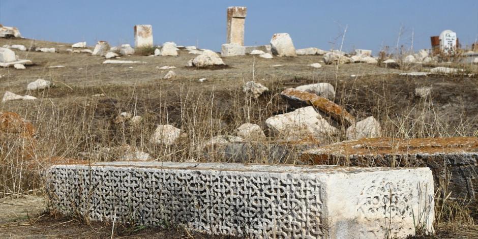 Selçuklu-Karakoyunlu Mezarlığı restoresi başlıyor