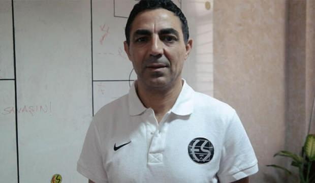 Eskişehirspor Mustafa Özer ile yollarını ayırdı