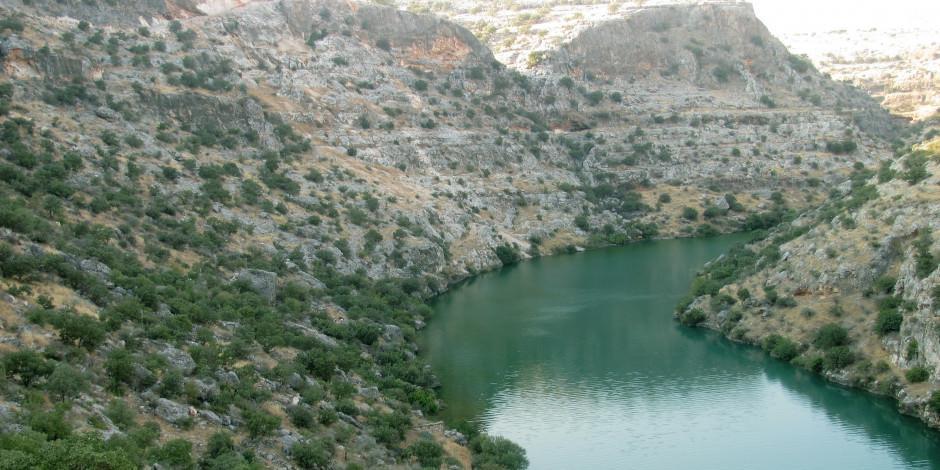 Fırat Nehri kıyısına bir doğa harikası: Habeş Kanyonu