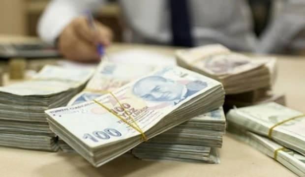 Bakan Kasapoğlu duyurdu: Kredi ve burslar hesaplara yatmaya başladı