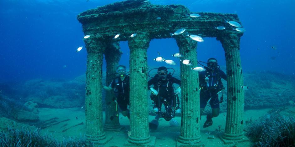 Türkiye'nin ilk su altı müzesi Side'ye yoğun ilgi