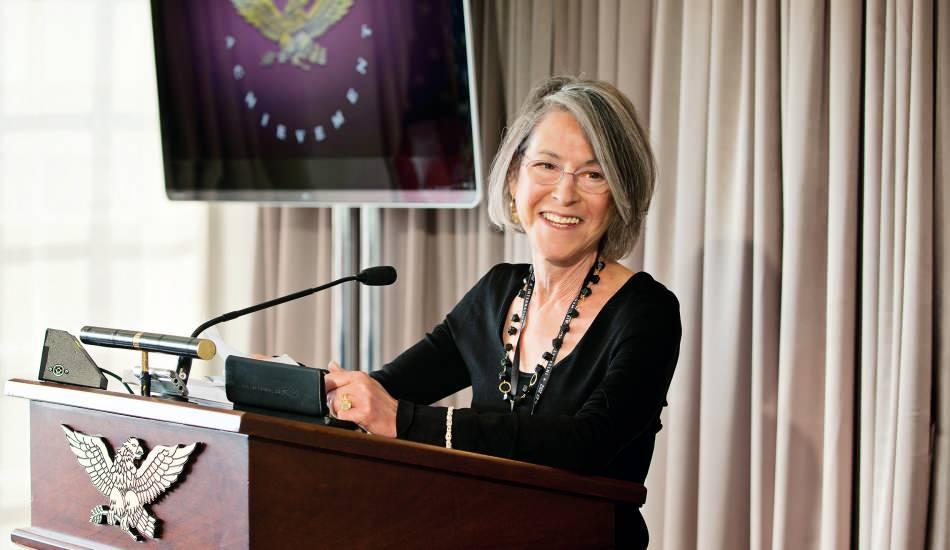 2020 Nobel Edebiyet Ödülünü Louise Glück aldı!