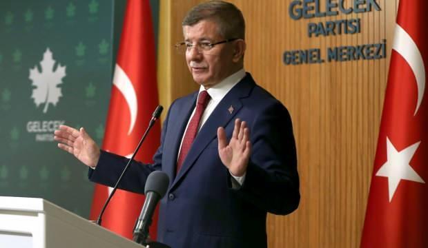 Ahmet Davutoğlu ile ilgili çok çarpıcı sözler: Yoksa açılmasını istemediği defterler mi var?