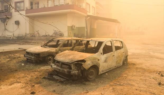 Hatay'da yangın: Yerleşim yerleri tehdit altında, bazı araçlar zarar gördü  - GÜNCEL Haberleri