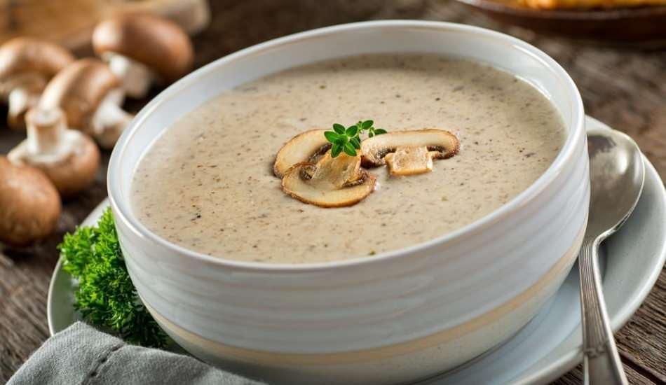 En kolay kremalı mantar çorbası nasıl yapılır? Kremalı mantar çorbası tarifi