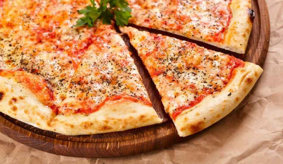 pizza margarita ile ilgili görsel sonucu