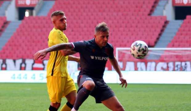 İstanbulspor, Samsunspor'u 3 golle geçti