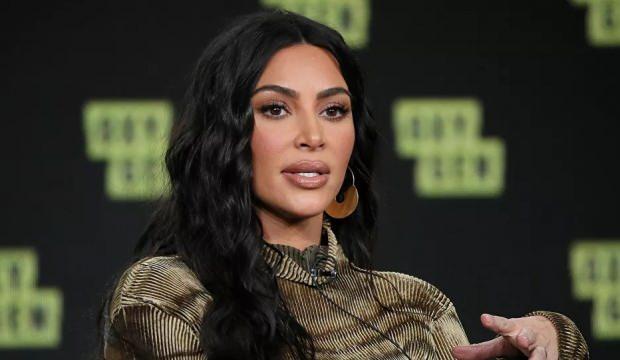 Kardashian skandallarına devam ediyor! 1 milyon dolar bağışladı..