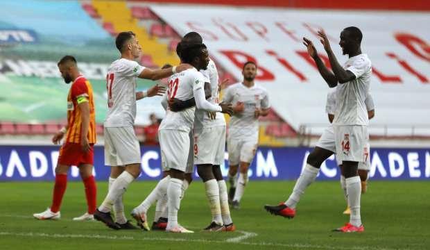 Sivasspor deplasmanda Kayseri'ye acımadı!
