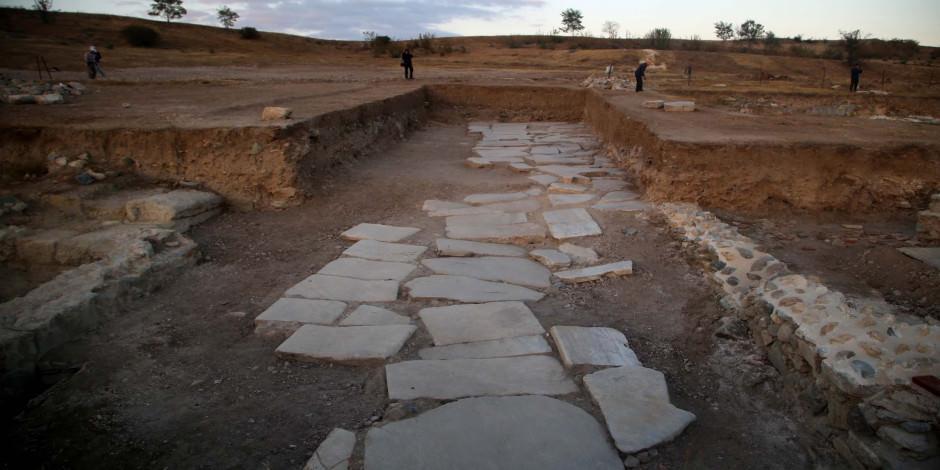 1700 yıllık antik yol turizme kazandırılıyor