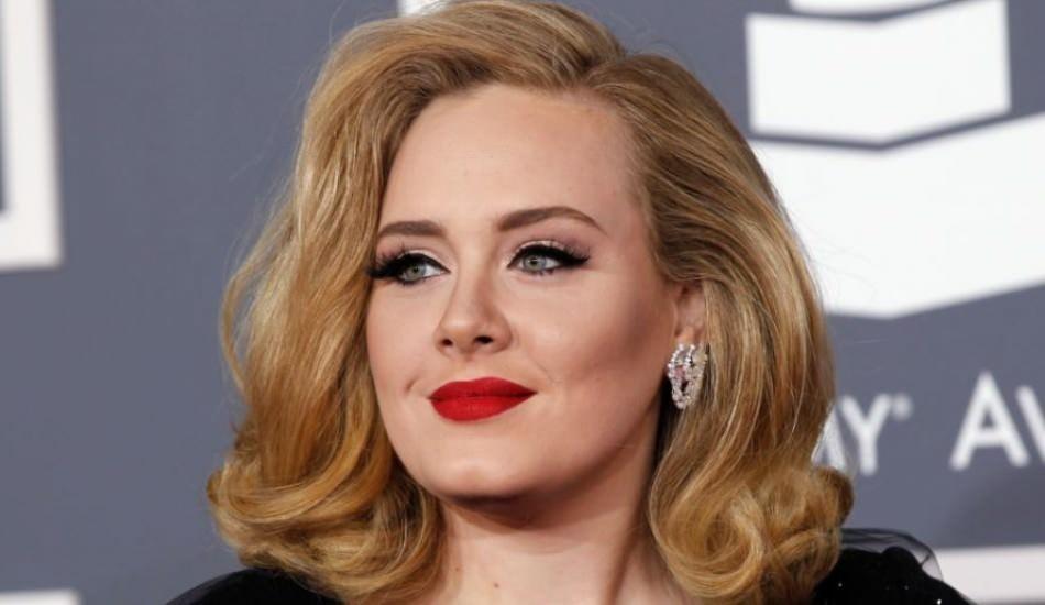 Adele'in babası komşusundan şikayetçi oldu: Kızımın şarkılarını söyleme!