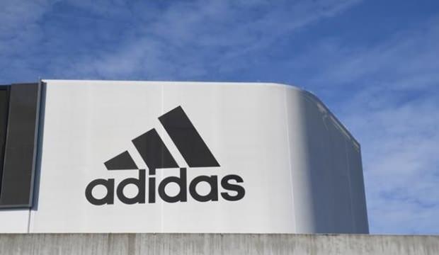 Adidas, dev markasını satmayı planlıyor