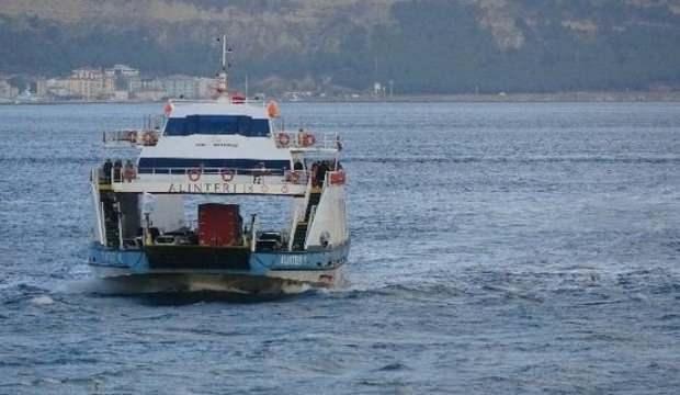 Gökçeada'da bazı feribot seferleri fırtına nedeniyle iptal edildi