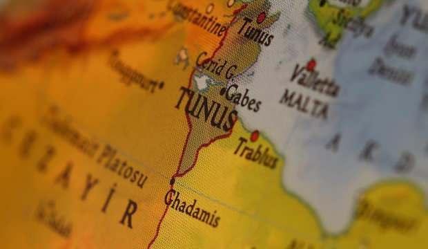 Tunus'ta sokağa çıkma yasağı uzatıldı