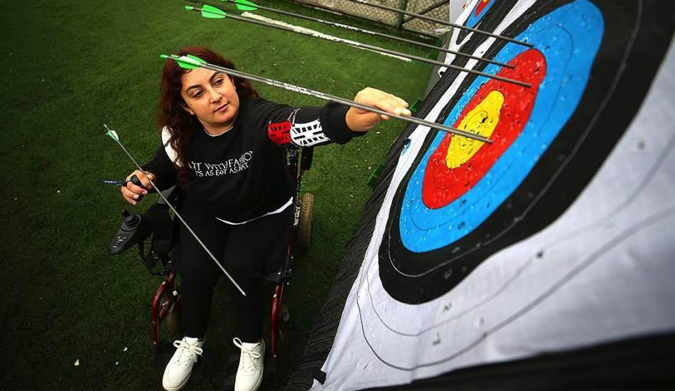 Paralimpik sporcu Miray Aksakallı mücadelesiyle herkese örnek oluyor