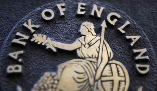 BoE faize dokunmadı, varlık alımını genişletti