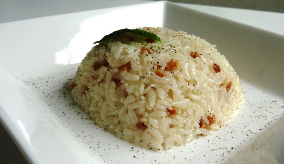 En kolay tereyağlı pirinç pilav nasıl yapılır? Mis gibi kokan tereyağlı pilav tarifi