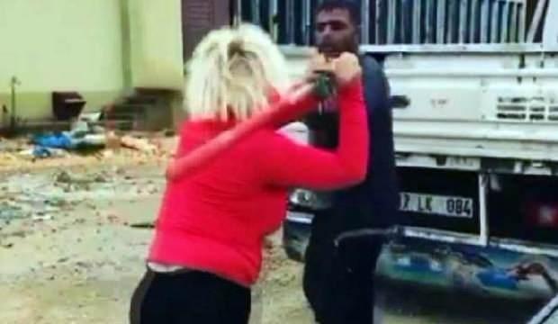 Köpeklerin mamasını çalan kişiyi beyzbol sopasıyla dövdü