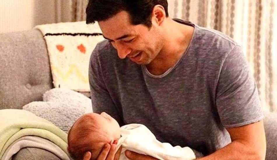 Mert Fırat ve İdil Fırat'ın mutlu günü! Bebekleri dünyaya geldi