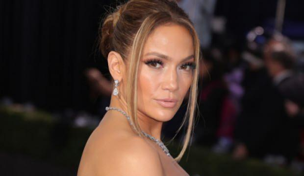 Dünyaca ünlü şarkıcı Jennifer Lopez'den Mevlana paylaşımı!