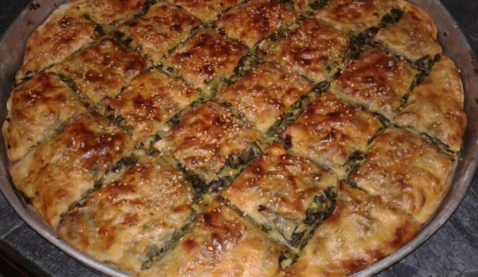 Selanik usulü ıspanaklı börek nasıl yapılır? En kolay ıspanaklı börek tarifi