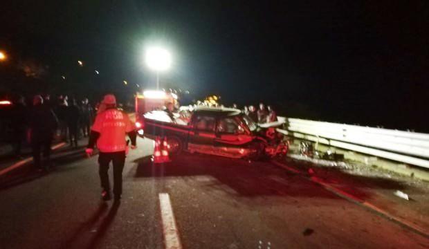 Ters yönden gelen araçla kafa kafaya çarpıştı: 2 ölü, 2 yaralı - GÜNCEL  Haberleri