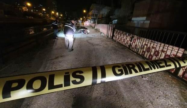 Baba- oğul tartıştıkları komşuları olan 2 kardeşi bıçakla yaraladı